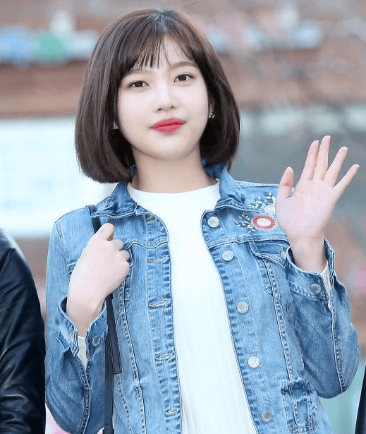 Korean Short Haircuts for Round Faces - 15+
