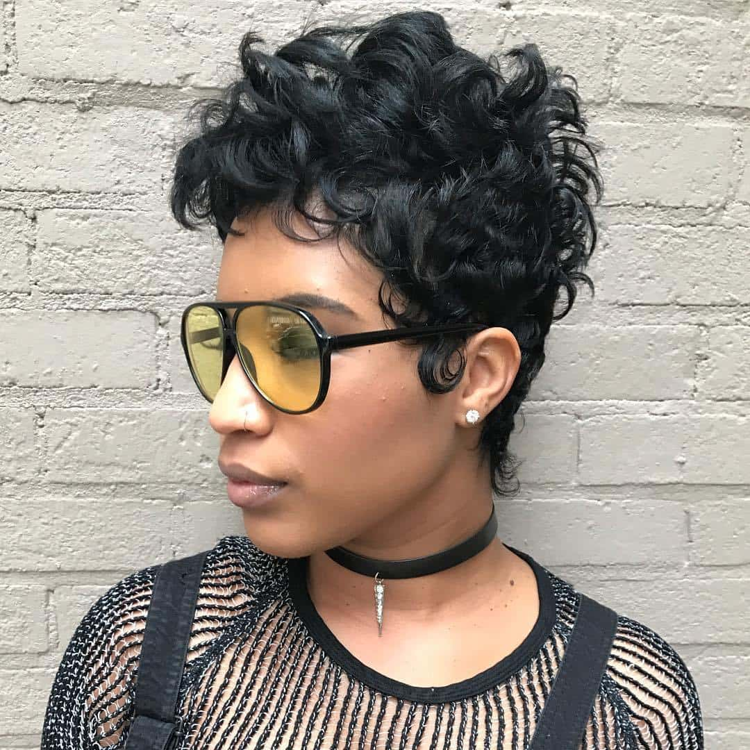 70+ Short Haircuts for Black Women With Round Faces