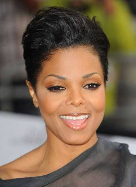 50 Short Haircuts For Black Women Over 50