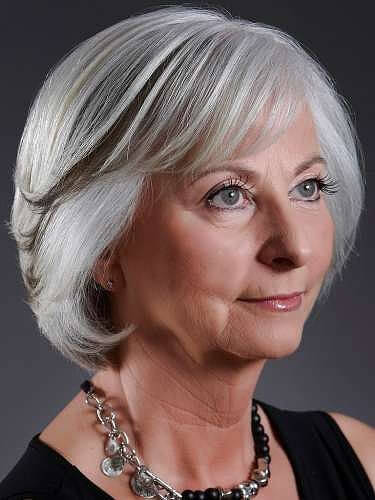 short haircuts for older women with thin hair  25