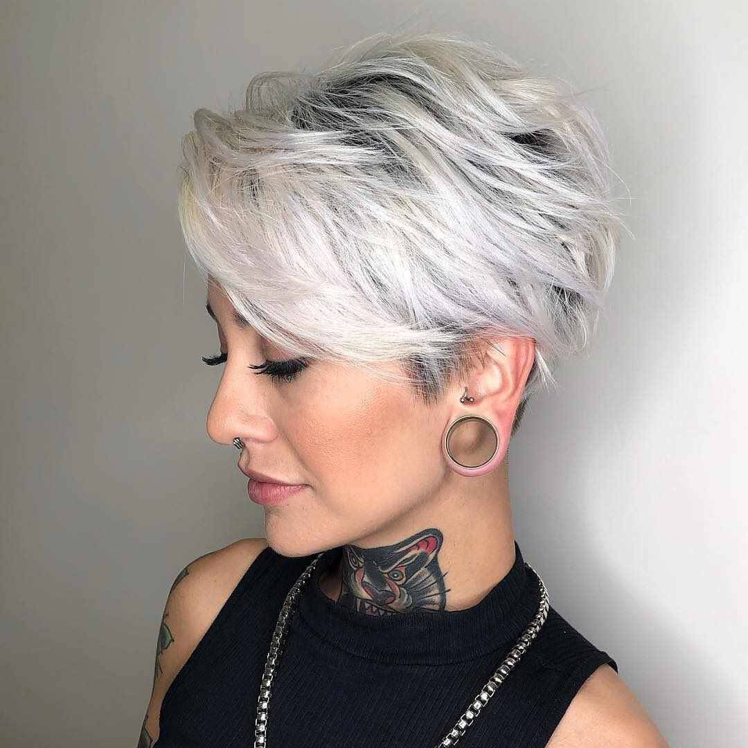 Short Pixie Haircuts For Gray Hair 18