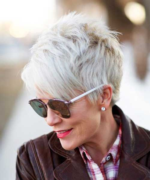 Short Haircuts For Elderly Woman 20