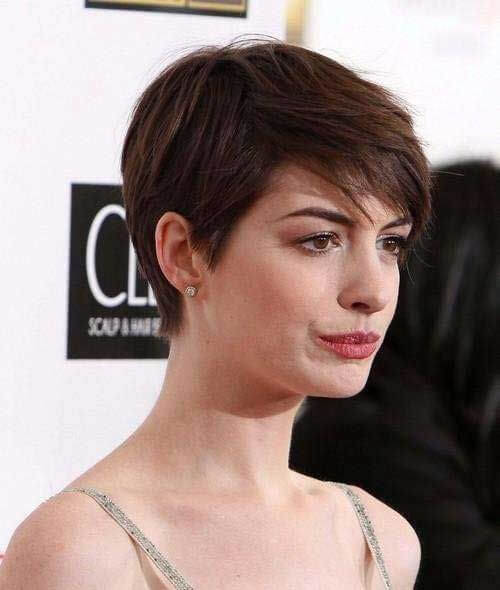 Anne Hathaway S Short Haircuts And Hairstyles 15