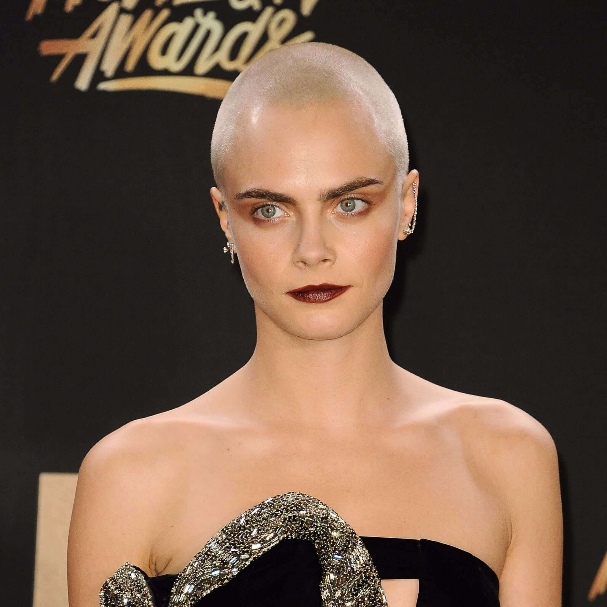 Cara Delevingne S Short Haircuts And Hairstyles 15
