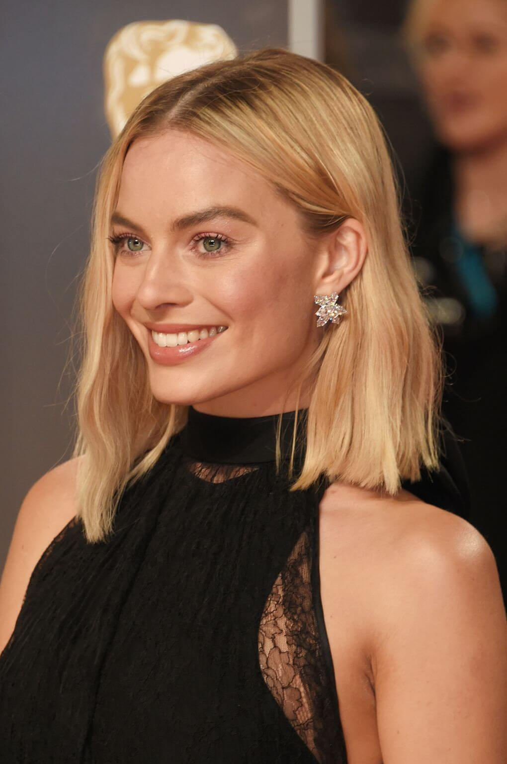 Margot Robbie S Short Haircuts And Hairstyles 15
