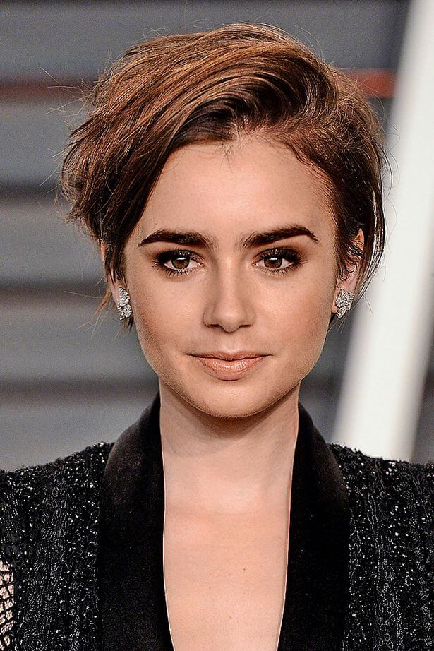 Lily Collins's Short Hairstyles and Haircuts - 25+