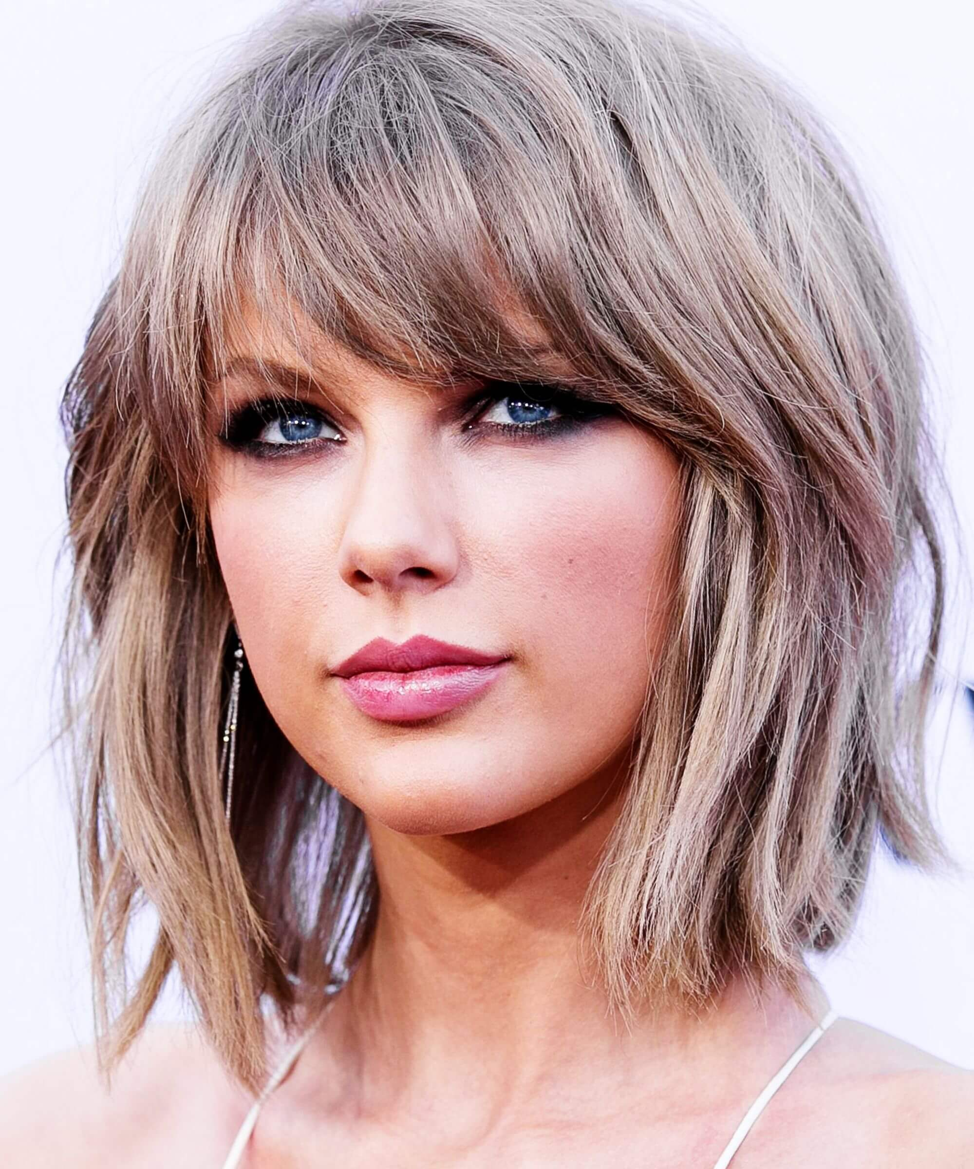 Taylor Swift S Short Haircuts And Hairstyles 30