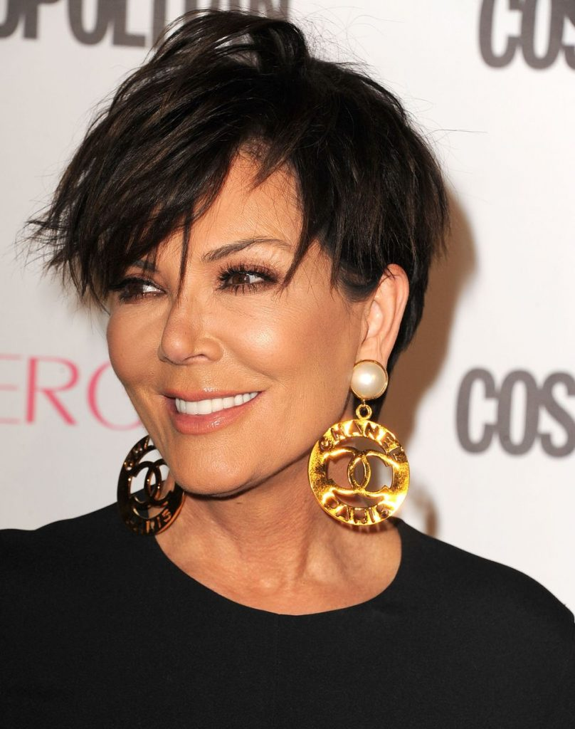 admire wedge hairstyles that should try in 2021 19