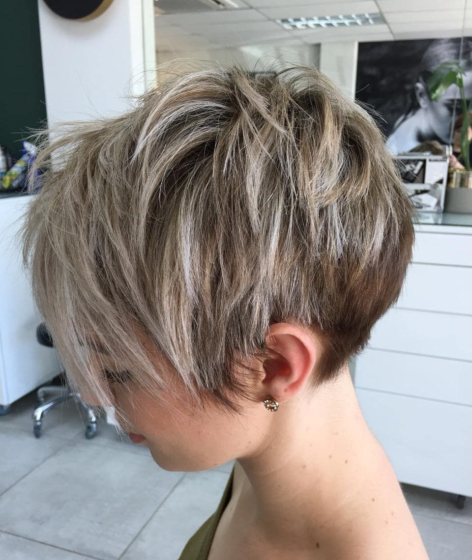 admire wedge hairstyles that should try in 2021 5