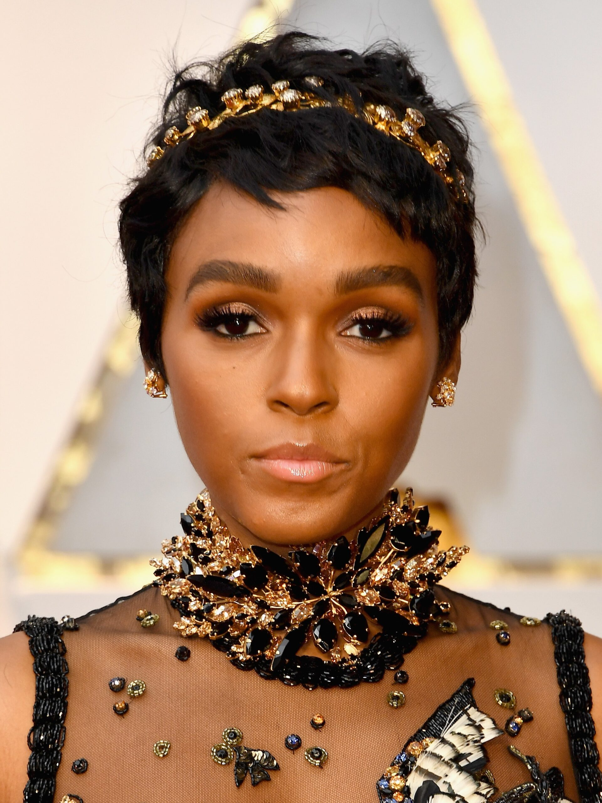 celebrity short haircuts 2021 new 13