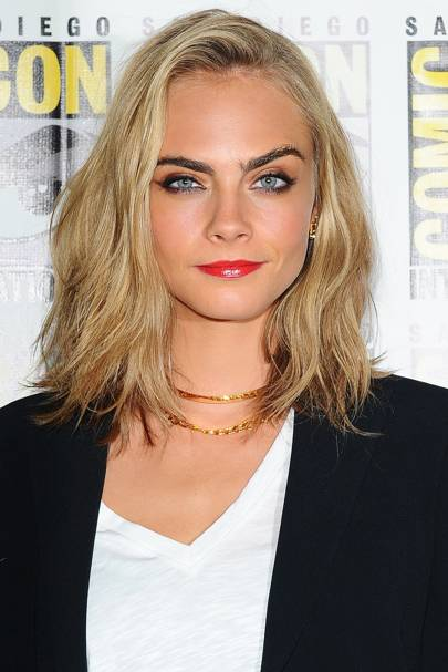 celebrity short haircuts 2021 new 9