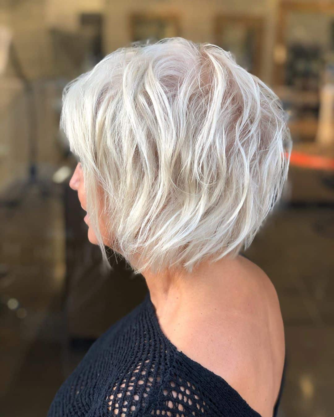 chic short hairstyles for plus size over 50 best ones 2 22