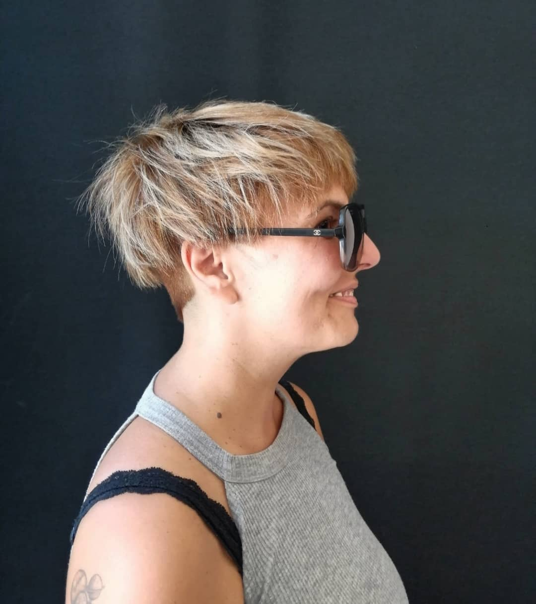 chic short hairstyles for plus size over 50 best ones 2 29