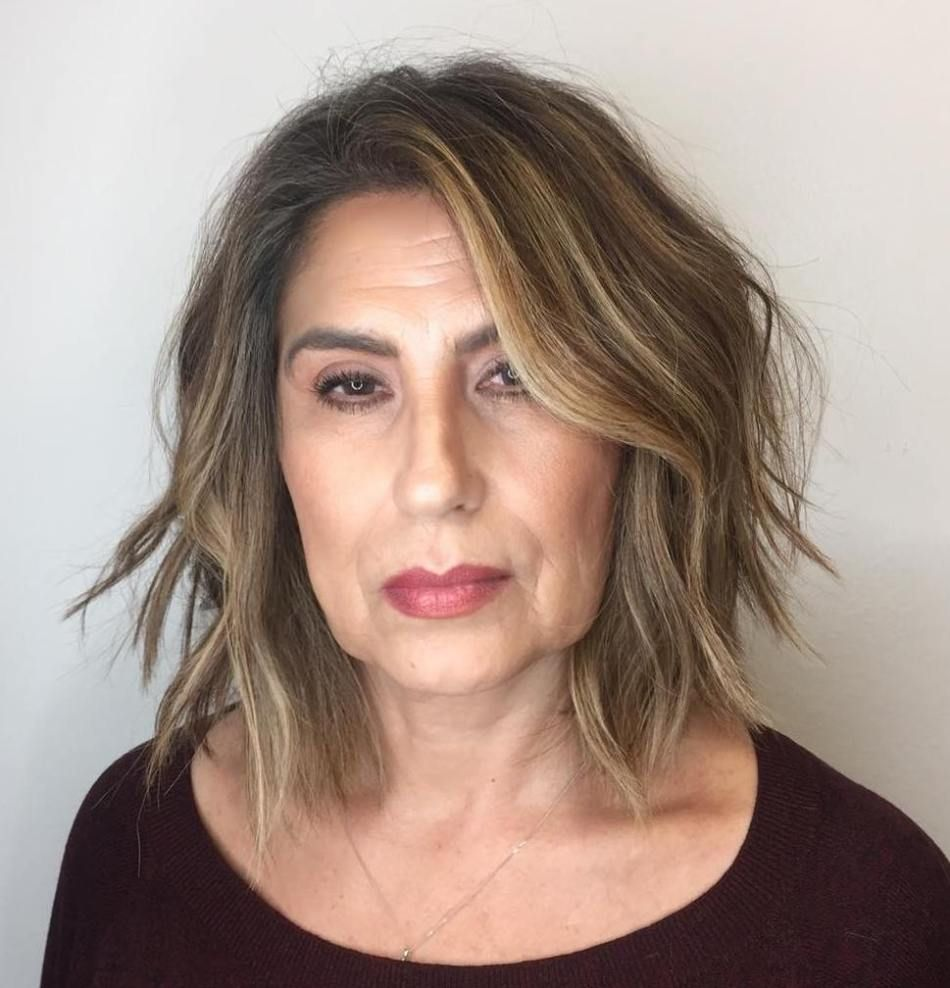 chic short hairstyles for plus size over 50 best ones 2 5