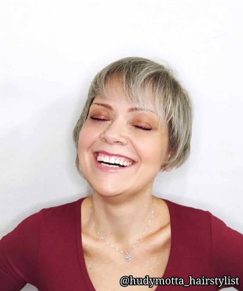cute pixie haircuts for round faces 14