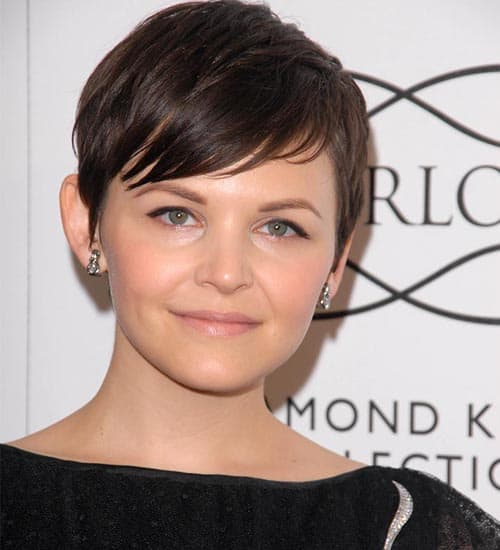 cute pixie haircuts for round faces 23