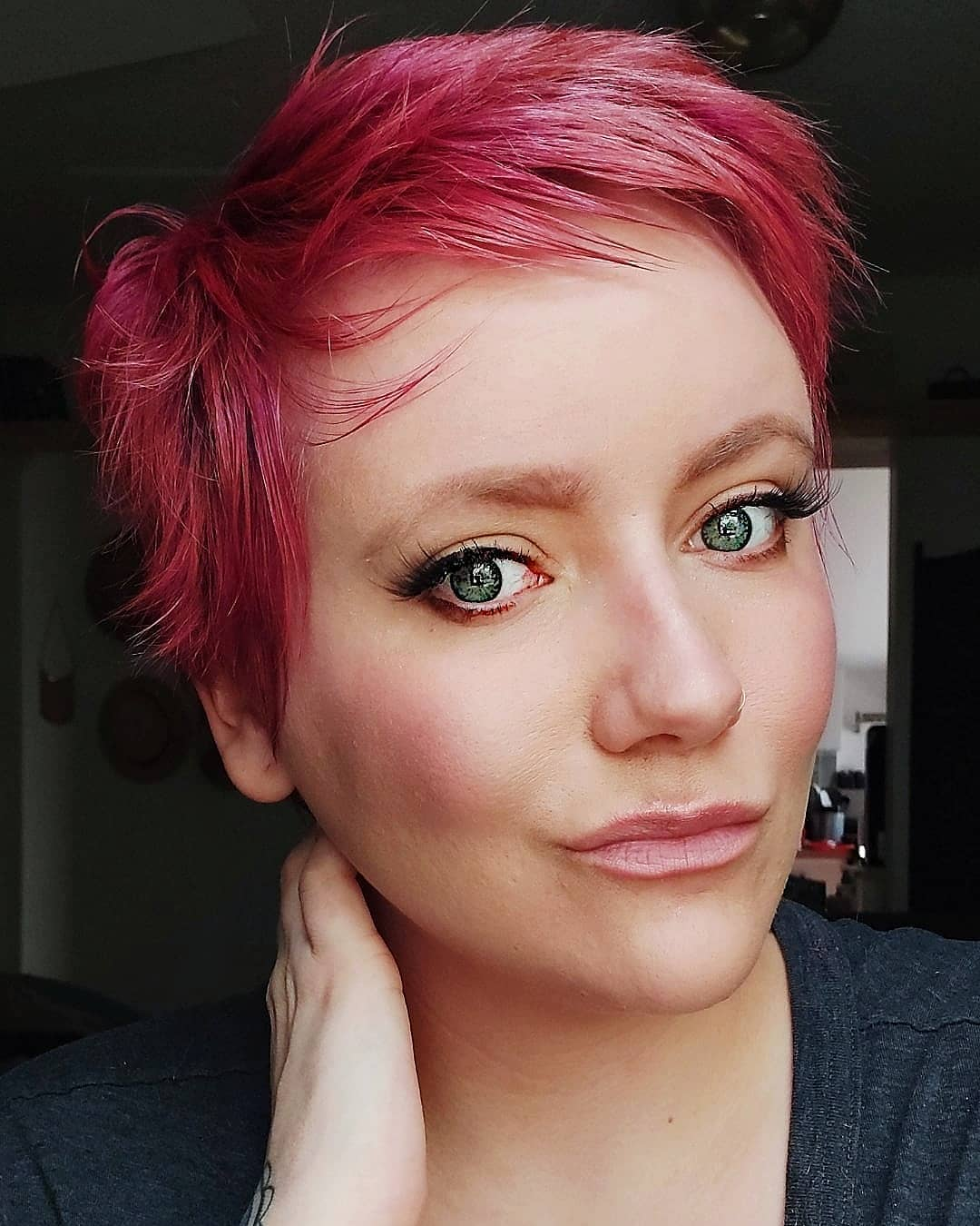 cute pixie haircuts for round faces 9