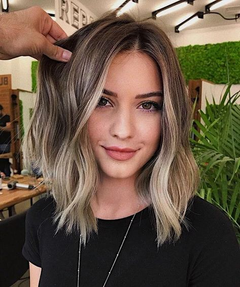 haircuts for thin hair to look thicker 10