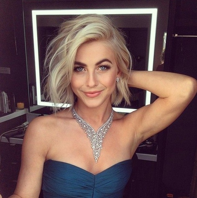 haircuts for thin hair to look thicker 21