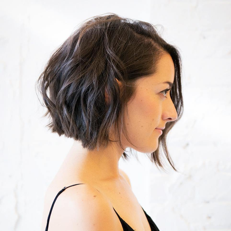 haircuts for thin hair to look thicker 22