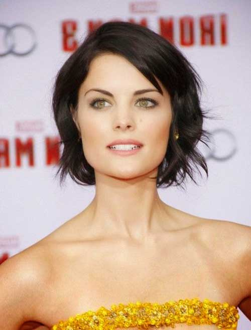 haircuts for thin hair to look thicker 29