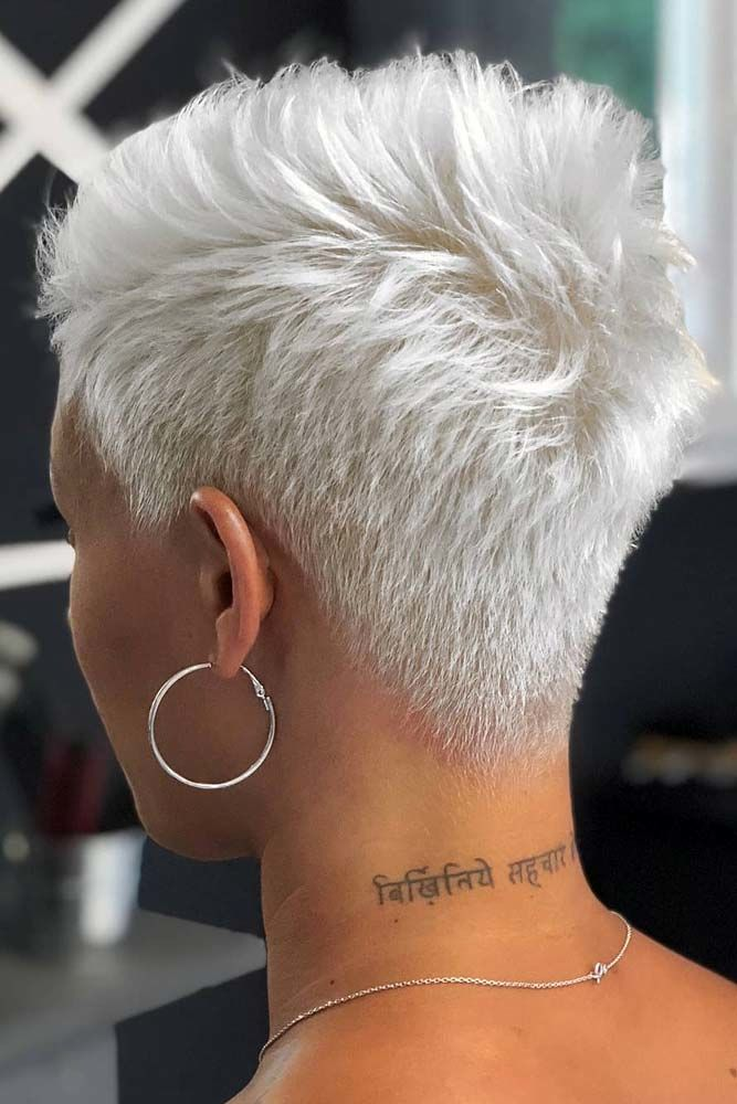 haircuts for thin hair to look thicker 52