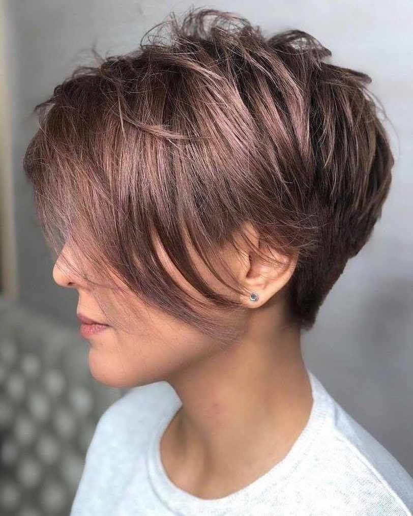haircuts for thin hair to look thicker 62