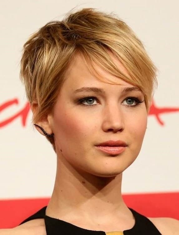haircuts for thin hair to look thicker 65