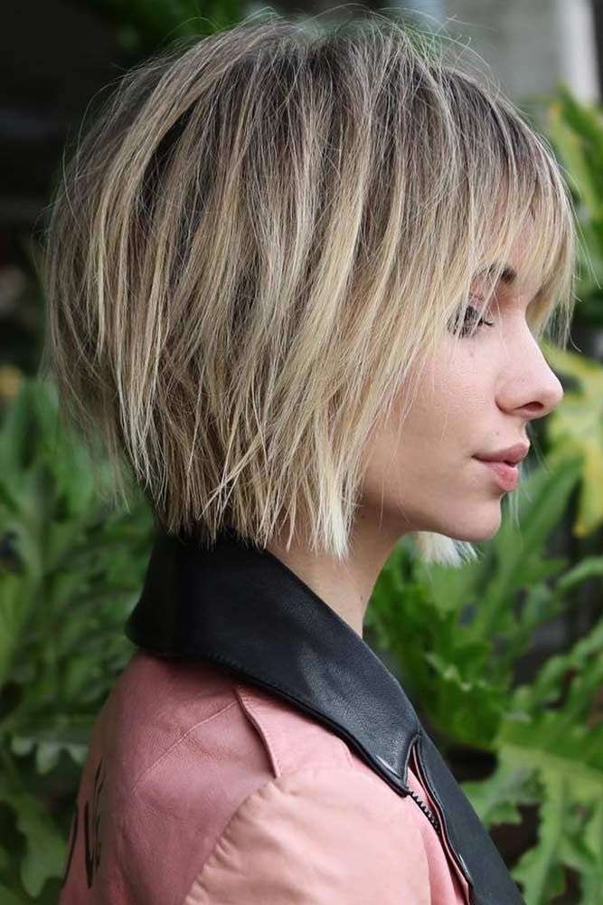 latest layered short haircuts for round faces 2021 1