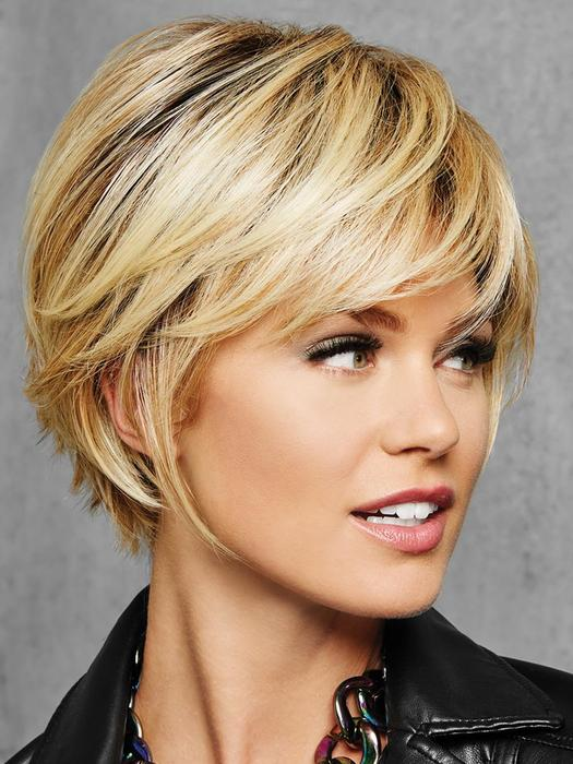 latest layered short haircuts for round faces 2021 24