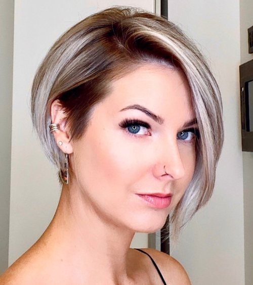 layered short hairstyles that can be preferred for date nights 22