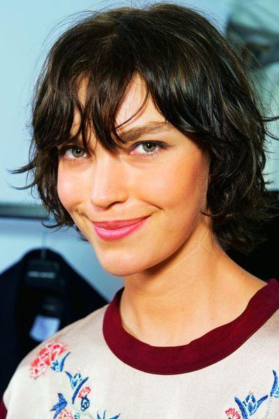 models with short hair karlie kloss kate moss edie campbell and more 17