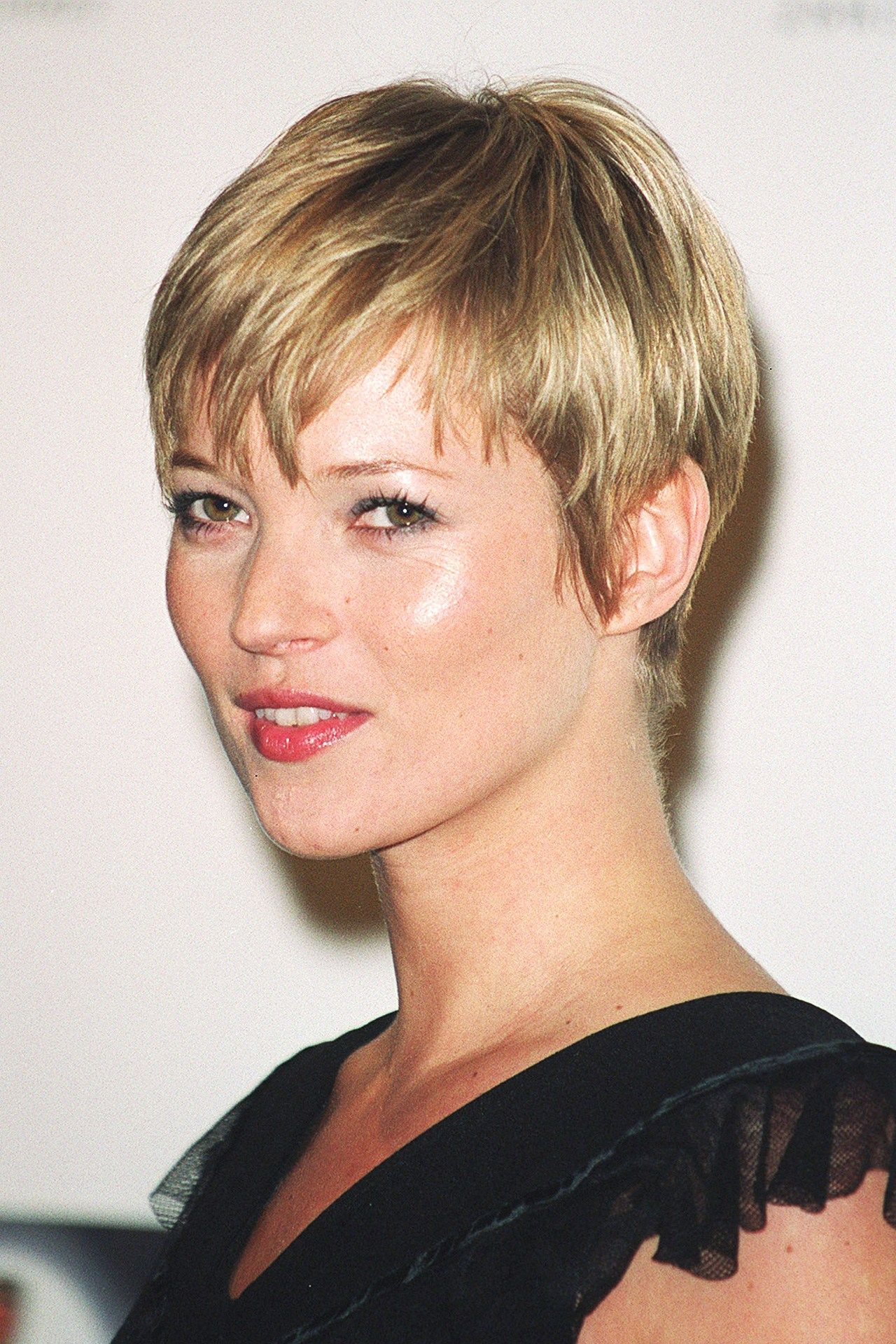models with short hair karlie kloss kate moss edie campbell and more 22