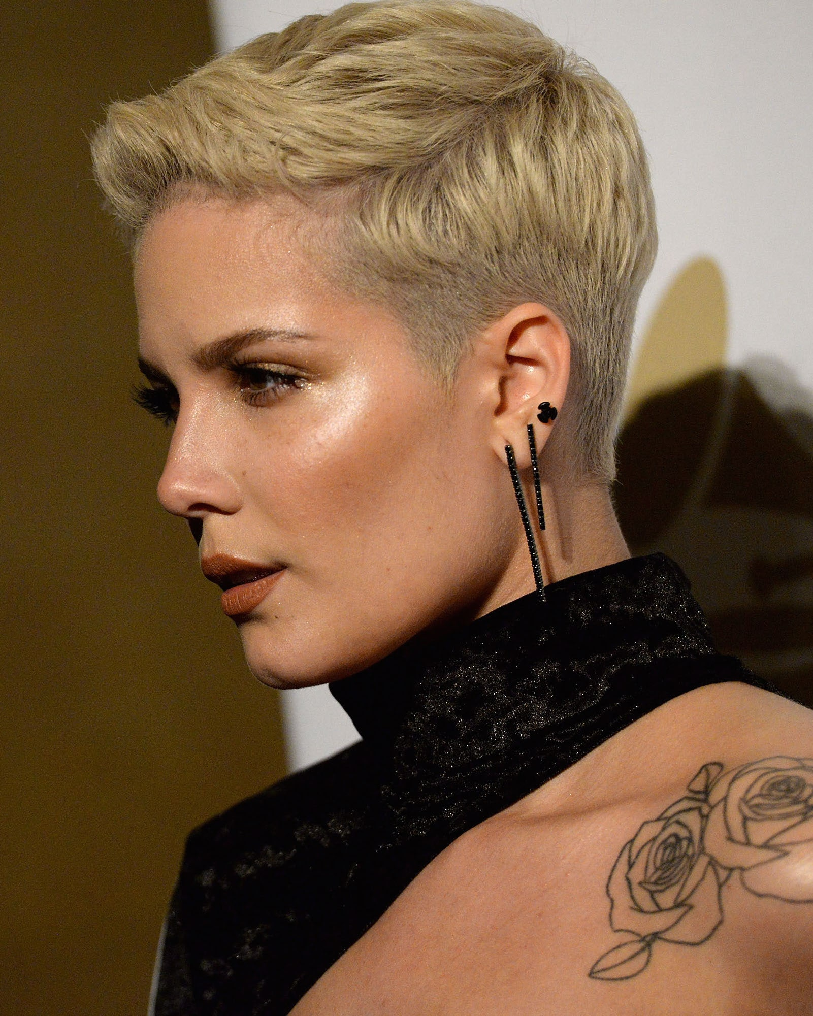 models with short hair karlie kloss kate moss edie campbell and more 47