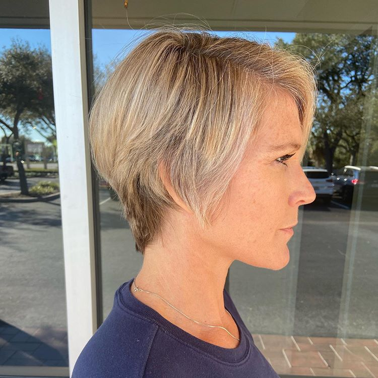 over 50 short hairstyles 2021 female 23