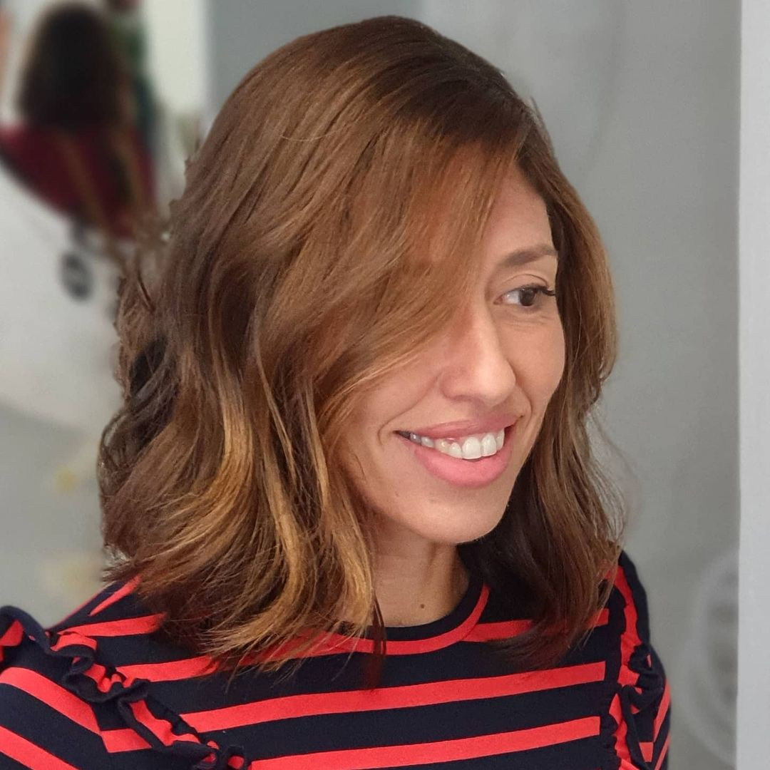 short female hairstyles wavy cool and stylish 8