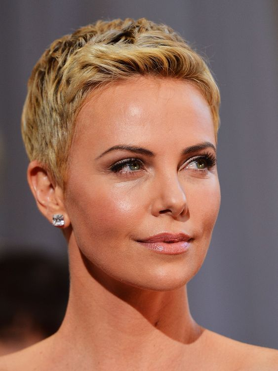 short haircuts for round faces new 28