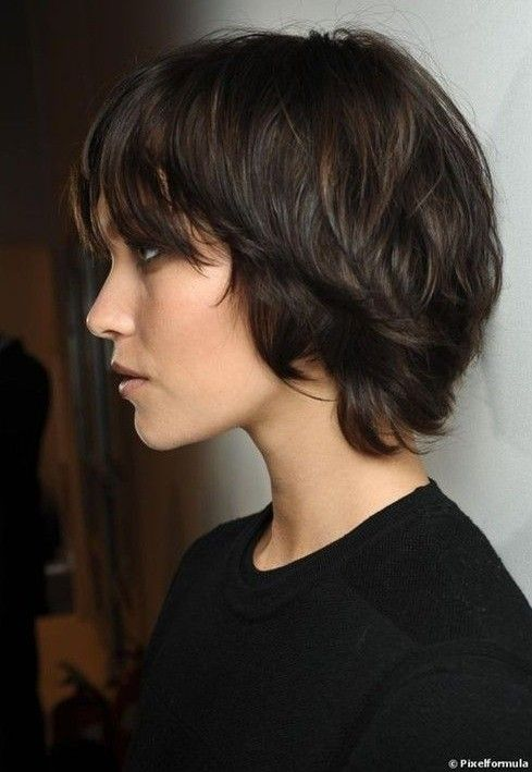short hairstyles for fat faces 2021 version 30