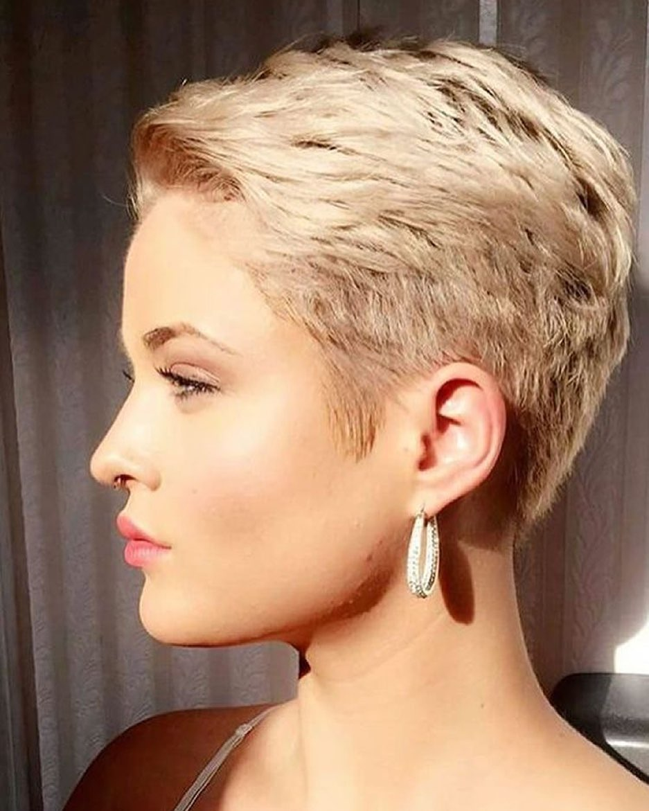 short hairstyles for fat faces 2021 version 49