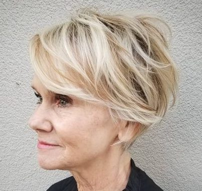 short hairstyles for over 60 2021 21
