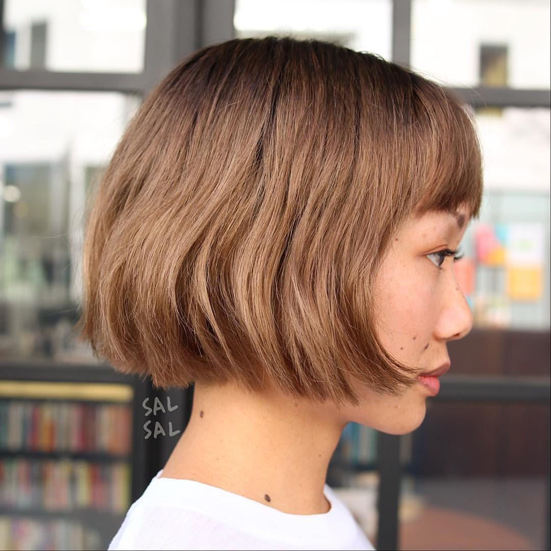 short straight haircut ideas for a younger look 1