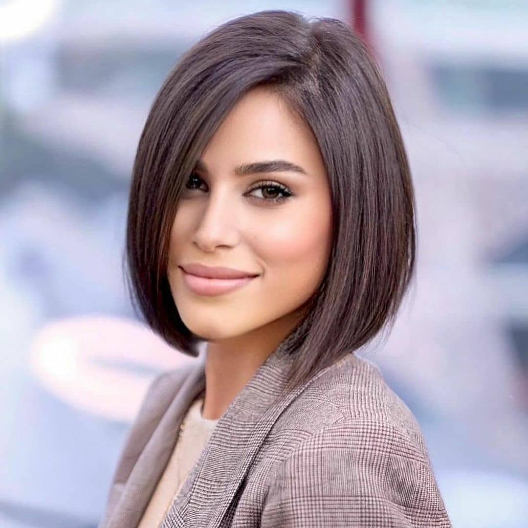 short straight haircut ideas for a younger look 10