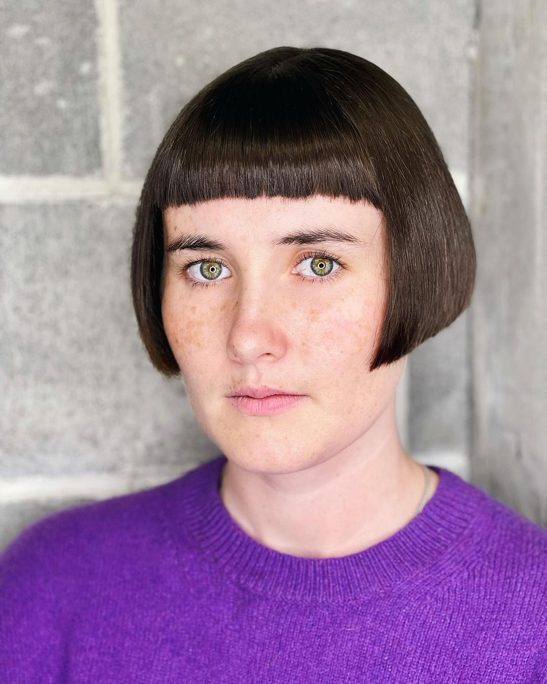 short straight haircut ideas for a younger look 2