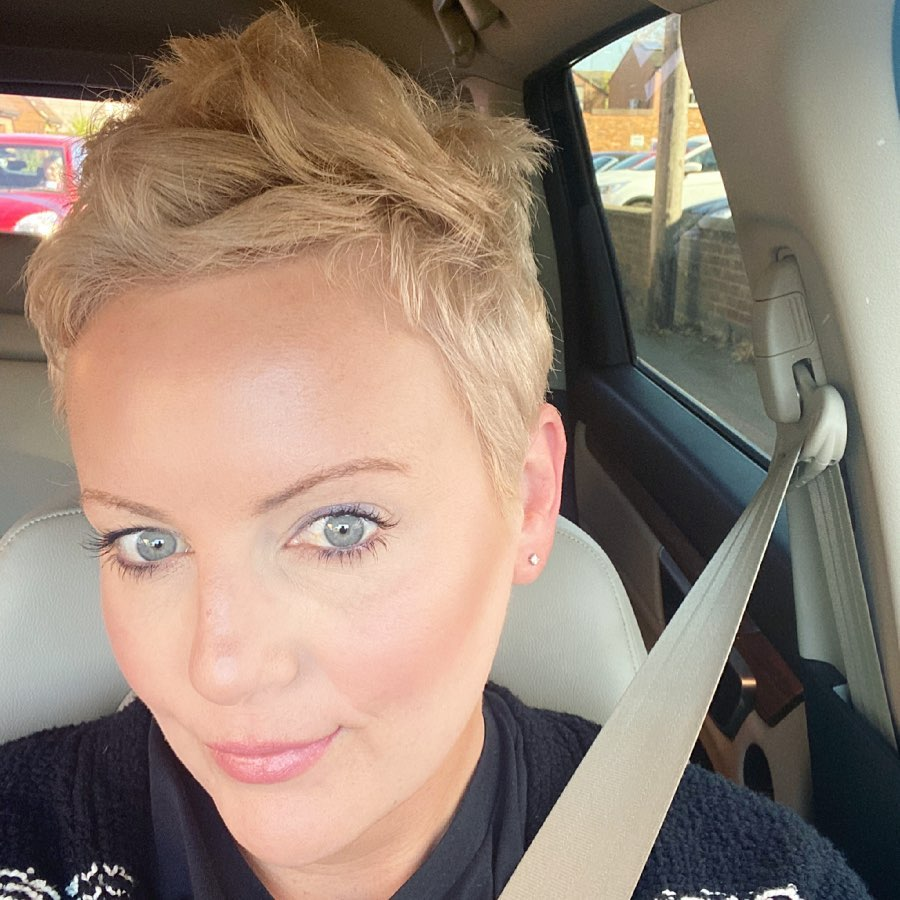 short straight haircut ideas for a younger look 27