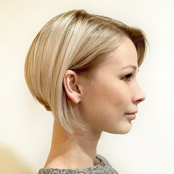 short straight haircut ideas for a younger look 32