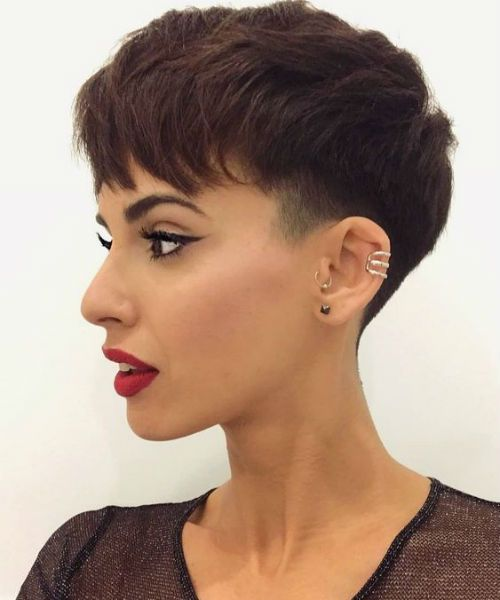 short straight haircut ideas for a younger look 5