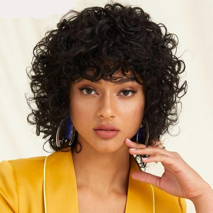 the most stunning hairstyles combining short hair with bangs 22