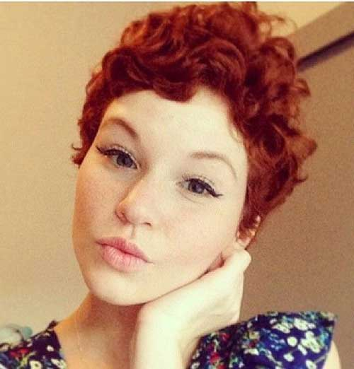 trendy curly short hairstyle looks for free spirits 10