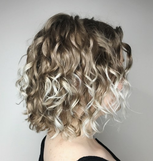 trendy curly short hairstyle looks for free spirits 12