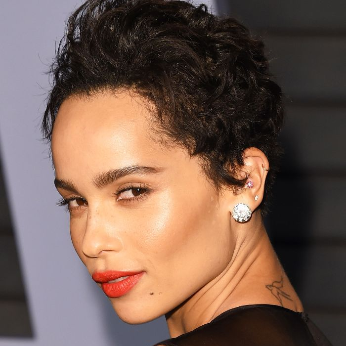 trendy curly short hairstyle looks for free spirits 25